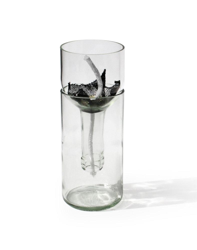 side-by-side-blumengefaess-self-watering-bottle-klar
